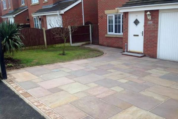 Driveways Ultimate Garden image 13